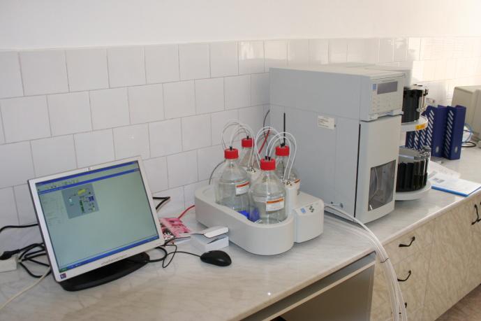 Sistem de Extracție Rapidă cu Solvent